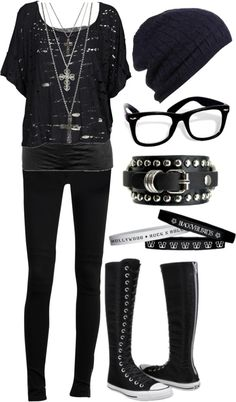 Emo clothes: black outfit
