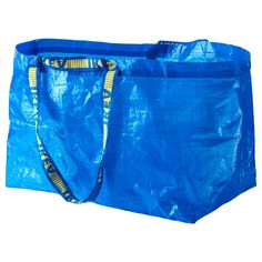 671bbf56e The 'frakta' shopping bags from Ikea are great for hauling your laundry,  bedding