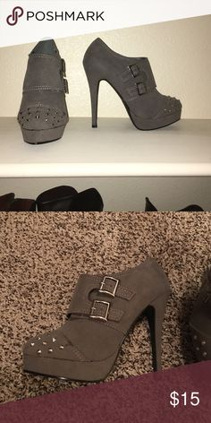 Shoedazzle Yumi heeled bootie Grey shoedazzle Yumi bootie Shoes Ankle Boots & Booties
