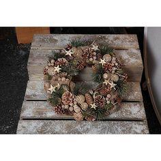 Noma Stars and Pine Cone' Christmas wreath- | Debenhams