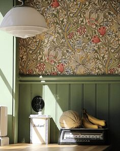 uploaded by cyndi William Morris Wallpaper, Morris Wallpapers, William Morris Tapet, Hallway Wallpaper, Arts And Crafts House, Hallway Decorating, Interior Design Living Room, Bedroom Decor, House Design
