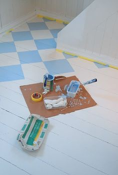 Wanna do this in my crafty room. But first I need someone to clear the floor....