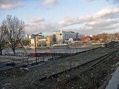 vue sur bercy du pont national Tramway, Railroad Tracks, Train, Train Stations, Paths, Ile De France, Bridge, Iron, France