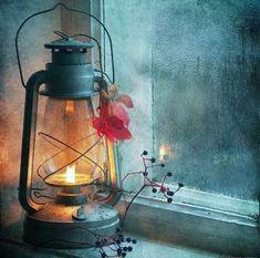 I love lanterns Mason Jar Lamp, Oil Lamps, Belle Photo, Painting Inspiration, Still Life, Watercolor Paintings, Watercolour, Art Drawings, Candles