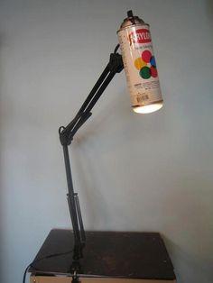 Luminária de Lata de Spray