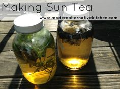 Making Sun Tea-Easy and a number of flavor combinations!