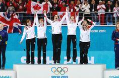 Jennifer Jones rink wins Gold Medal in women's curling Winter Olympic Games, Winter Games, Winter Olympics, Olympic Curling, Women's Curling, I Am Canadian, Olympic Gold Medals, What Team, Jennifer Jones