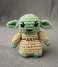 Ravelry: Yoda - Star Wars Mini Amigurumi pattern by Lucy Ravenscar Star Wars Crochet, Crochet Stars, Crochet Baby, Free Crochet, Knit Crochet, Amigurumi Patterns, Crochet Patterns, Crochet Ideas, Mini Amigurumi
