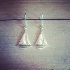 $7.35/5.95€ sailboat earrings, 925 sterling silver hook. shop online: http://maipendant.ecarty.com/public/producto/81584#