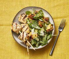 Grilled Chicken Kebabs with Kale Caesar from the eMeals Good Housekeeping plan Grilled Bread, Grilled Chicken, Grilling Recipes, Paleo Recipes, Kale Caesar Salad, Clean Eating, Healthy Eating, Kebabs, Housekeeping