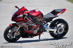 custom BMW S1000RR Best Motorbike, Motorcycle Art, Motorcycle Design, Custom Sport Bikes, Custom Bmw, Vintage Motorcycles, Custom Motorcycles, Paint Bike, Ride 2