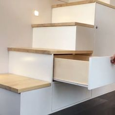 furniture This set of storage stairs is easily hidden throughout the day, and also serves as stairs up to the bedroom loft! Via New Zealand-based buildtinyhomes Tiny House Movement // Tiny Living // Tiny House Storage // Tiny Home Stairs // Tiny House Loft, Tiny House Stairs, Tiny House Storage, Tiny House Living, Tiny House Design, Tiny House On Wheels, Loft Stairs, Tiny House Bedroom, Loft Home