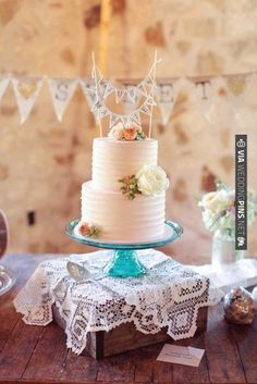 pretty cake + just married banner | CHECK OUT MORE IDEAS AT WEDDINGPINS.NET | #weddings #weddinginspiration #inspirational