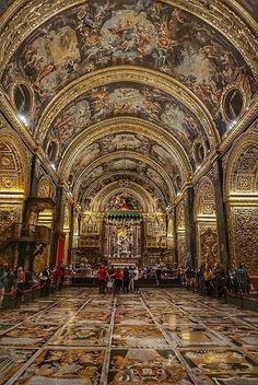 John's Co-Cathedral, Valletta, Malta Architecture Artists, Cathedral Architecture, Sacred Architecture, Baroque Architecture, Beautiful Architecture, Beautiful Castles, Beautiful Places, Saint Marin, Art Roman