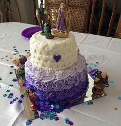 Tangled Birthday Cake.