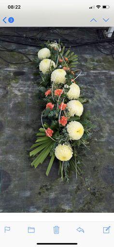 Crochet Patterns Filet, Grave Decorations, Funeral Flowers, Arte Floral, Ikebana, Flower Power, Floral Arrangements, Wedding Planning, Natural