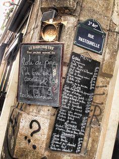 Parijs nadert met rasse schreden, kijken reikhalzend uit naar de nieuwe lente- en zomercollecties...