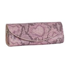 Stylishly sizzling, the Mele & Co. Lorena jewelry roll keeps you trendy while organized. With zippered pouch, jewelry strap, and snap out jewelry clutch, this chic companion's storage options are an absolute must for an all-day adventure.