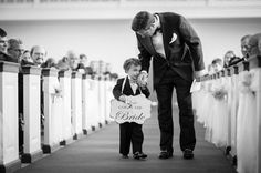 This photo is priceless! | southernweddings.com | Photographer: Rebekah Hoyt Photography