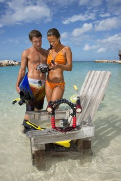 Ikelite brings you GoPro accessories, point-and-shoot housings, lighting, and everything else you need to keep your underwater adventures with you for a lifetime.