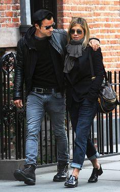 Justin Theroux felicita a Jennifer Aniston pero o va a su cumpleaños Justin Theroux, John Mayer, Jennifer Aniston, Brad Pitt, Angelina Jolie, Jen And Justin, Fierce, Look 2017, Biker