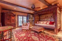 Wow! Lovely bedroom!