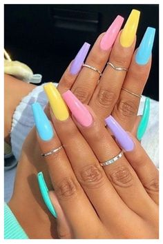 Acrylic Nails Coffin Short, Simple Acrylic Nails, Best Acrylic Nails, Pastel Nails, Acrylic Nails For Spring, Acrylic Nail Designs For Summer, Coffin Nails Designs Summer, Colorful Nail Designs, Cute Spring Nails