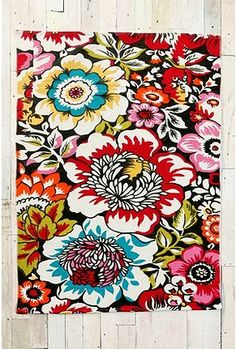 I wish this rug came in other sizes, think it would be cool in the kitchen but I need 2x3