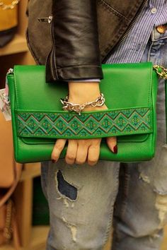 OZ Style wearing the Walk With Me crossbody bag from Bùsta  #busta #bustabags #leatherbag #leather #streetstyle #green #embroidery #folklore #handmade #crossbody #bag #leathercrossbody #metalchain