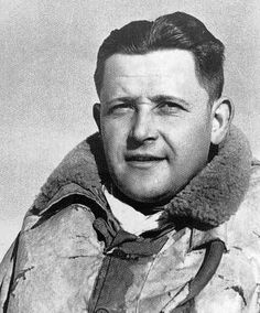With 1 and 4 shared destroyed to his credit while assigned to GC III/3 in France in May 1940, Sgt Václav Šlouf was processed through the Czech depot at RAF Cosford, before being posted to No 312 Squadron RAF at RAF Duxford on 5 September.