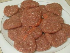 Et Köfte Tarifi Yapılış Aşaması 6/12 Merida, Sausage, Cooking Recipes, Meat, Ethnic Recipes, Food, Sausages, Chef Recipes, Essen
