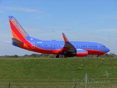 Southwest Airlines, Boeing 737-700 (N281WN) at Buffalo Niagara (KBUF)
