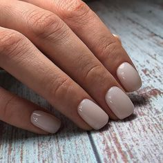 Easy Nail Care Tips And Tricks since Essie Nail Care Routine out Pretty Nails Electronic Nail Care System Essie, Neutral Nails, Nude Nails, Acrylic Nails, Milky Nails, Nagellack Design, Manicure Y Pedicure, Nagel Gel, Stylish Nails