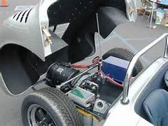 Resultado de imagem para Electric motor for cars Diy Electric Car, Electric Motor For Car, Electric Car Conversion, Electric Power, Electric Vehicle, Porsche 550, Green Technology, Power Cars, Four Wheel Drive