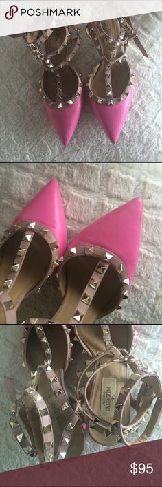 Rockstud sandals **Inspired**. Very pretty and easy to walk. Fits true to size. Real leather. Valentino Shoes