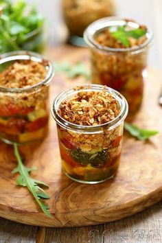 Crumble of tomatoes and zucchini - Tom Recipes Easy Cooking, Cooking Time, Cooking Recipes, Veggie Recipes, Vegetarian Recipes, Healthy Recipes, Healthy Snacks, Zucchini, 21 Day Fix