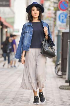 Mao | HIGH QUALITY GUARANTEED UNIQLO  FOREVER 21 NIKE | 4th week  Oct. 2016 | Shibuya | Tokyo Street Style | TOKYO STREET FASHION NEWS | style-arena.jp Japanese Streets, Japanese Street Fashion, Shibuya Tokyo, Oct 2016, Tokyo Street Style, Street Snap, Uniqlo, Fashion News, Personal Style
