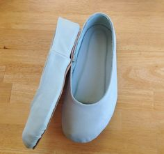 Scared Stitchless: Shoemaking: The verdict on the first pair of ballet flats
