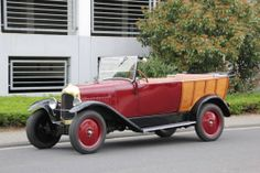 1925 Citroën B10 Normande Maintenance/restoration of old/vintage vehicles: the material for new cogs/casters/gears/pads could be cast polyamide which I (Cast polyamide) can produce. My contact: tatjana.alic@windowslive.com