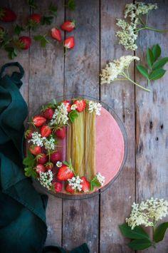 {Permaculture, chapitre 2 } | Saines Gourmandises Hibiscus, Geranium Vivace, Permaculture, Serving Bowls, Floral Wreath, Wreaths, Cooking, Tableware, Food