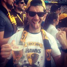 Still #celebrating! #madmonday #backtobacktoback #3peat #premiers #winning #winnerwinnerchickendinner #boundforglory #timetogetthispartystarted #carltondraught #beer #alwayshawthorn #wearehawthorn #everymoment #playyourrole #thisisourhouse #aflfinals #cyrilyoulittleripper #rioli #normsmith #mcg #melbourne by mcglade_62