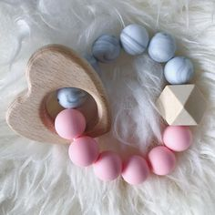 """Twinkle Beans (@twinklebns) på Instagram: """"How cute is this pink & marble teether with a wooden heart?!🎀✨ So adorable😍"""""""