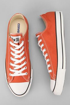 Converse Chuck Taylor All Star Low-Top Sneaker - Urban Outfitters Converse All Star, Converse Style, Converse Sneakers, Best Sneakers, Converse Chuck Taylor All Star, Chuck Taylor Sneakers, Sneakers Fashion, Fashion Shoes, Orange Converse