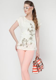 Round Neck Short Sleeve Off-White Graphic T Shirt Price: Rs 1800