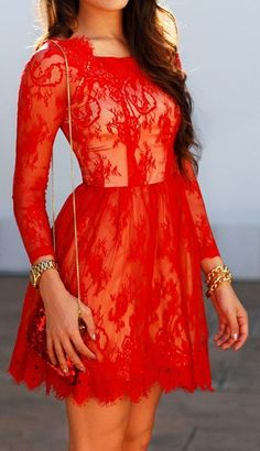 Red lace dress ...I know what i'm wearing for christmas!