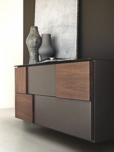 Every detail counts with regard to the decoration of your home. See more on pull… Bei der Dekoration Ihres Zuhauses zählt jedes Detail. Design Furniture, Luxury Furniture, Wood Furniture, Modern Furniture, Muebles Living, Sideboard Cabinet, Furniture Inspiration, Vases Decor, Modern Interior Design