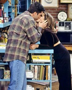 """Friends """"The One Where Ross and Rachel. You Know"""" - Ross and Rachel Friends Tv Show, Tv: Friends, Serie Friends, Friends Cast, Friends Episodes, Friends Moments, Friends Forever, Chandler Bing, Monica E Chandler"""