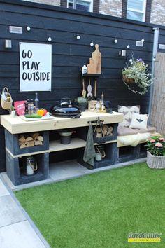 Outdoor Bbq Kitchen, Outdoor Barbeque, Diy Outdoor Bar, Outdoor Rooms, Back Gardens, Outdoor Gardens, Chelsea Garden, Mediterranean Garden, Outside Living