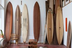 Surfboard Design: Danny Hess, San Francisco / FVF I hope my living room looks like this some day. Wooden Surfboard, Surfboard Art, Skateboard Art, Decoration Surf, Surf Decor, Surf Room, San Francisco, Vw Vintage, Surf Shack