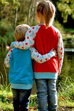 Lolletroll & Friends : leger geschnittener raglan Wohlfühlpulli FREEBOOK, 98-54, perfekt für Mutter Kind Partnerlook.